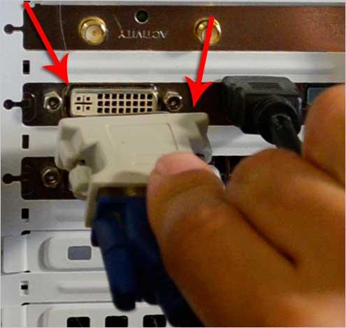 Подключение DVI кабеля в системный блок